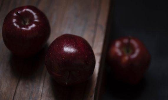 Analyse de 5 logotypes de startups françaises sur le thème de l'alimentation saine ou sociale